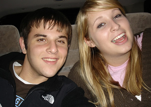The image �http://www.lightplanet.com/mormons/dating/teen_couple2.jpg� cannot be displayed, because it contains errors.